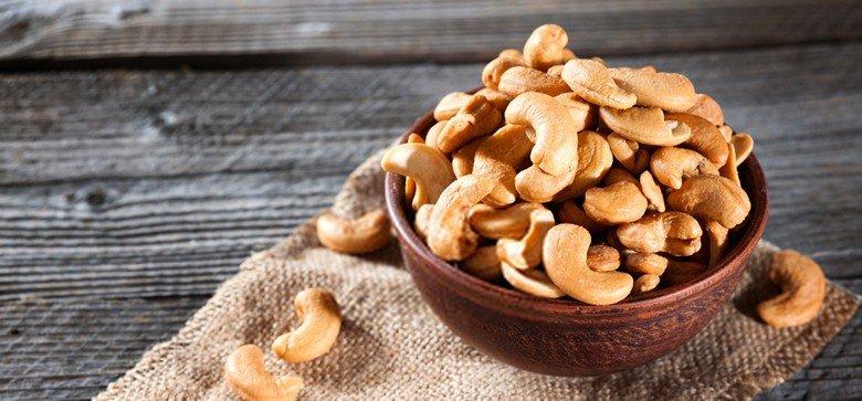 do-cashews-go-bad