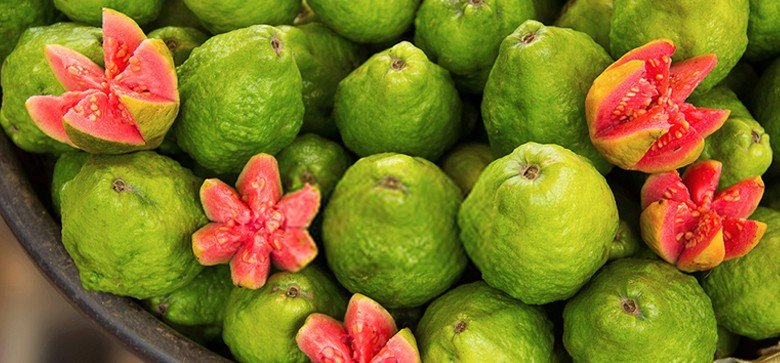 what-does-guava-taste-like