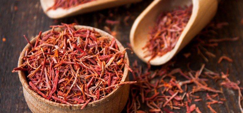 what-does-saffron-taste-like