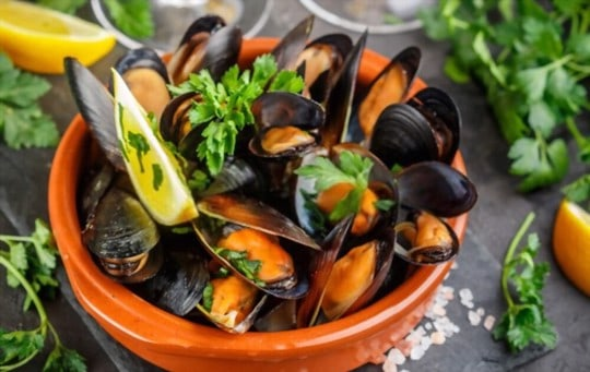 how to heat frozen cooked mussels