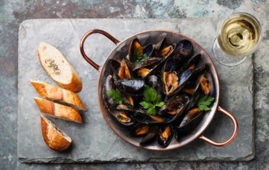 what to do with leftover mussels