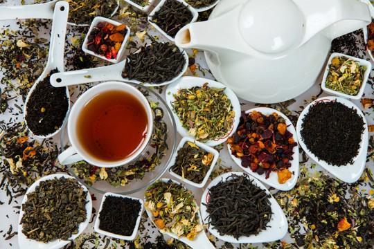 can old tea make you sick