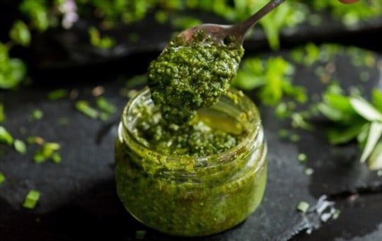 health and nutritional benefits of pesto is pesto healthy