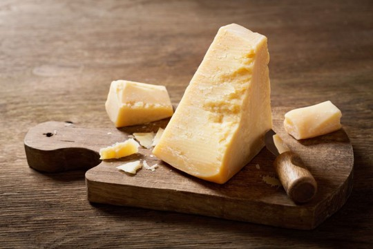 how to store parmesan cheese