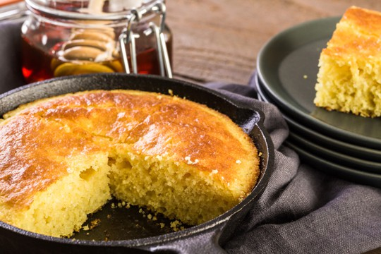 how to tell if cornbread is bad
