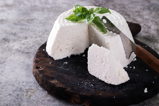 how to tell if ricotta cheese is bad