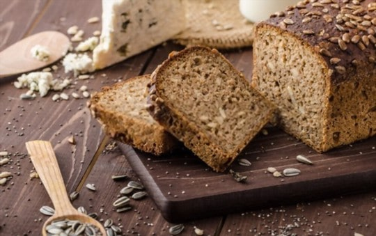 how to tell if wheat bread is bad