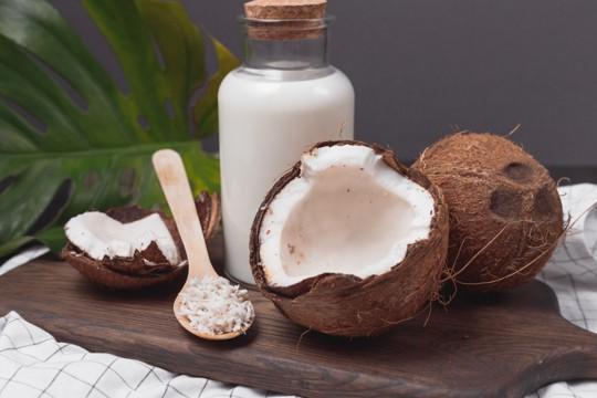 spoiled coconut milk side effects
