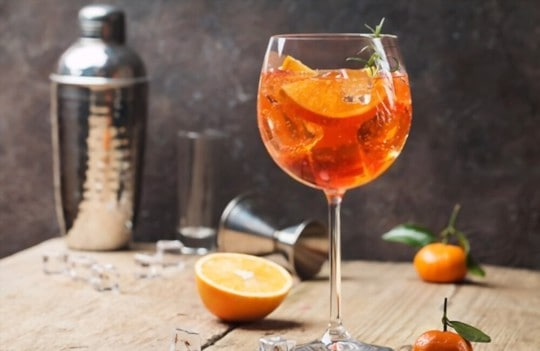 the difference between aperol campari