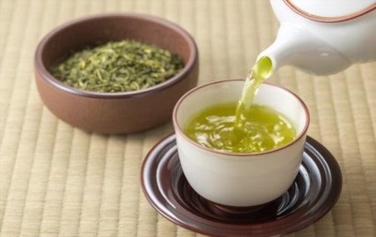 what does green tea taste like