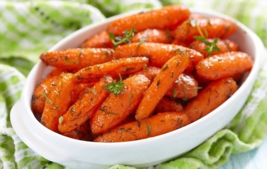 carrots with honey butter parsley and sea salt