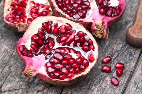 how long do pomegranate seeds last