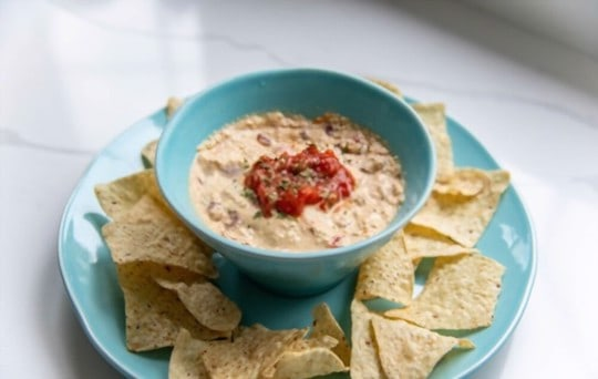 how long does queso last