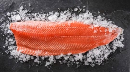 how long does raw frozen salmon last