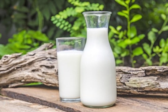 how to store raw milk