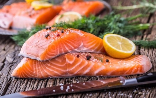 how to store raw salmon