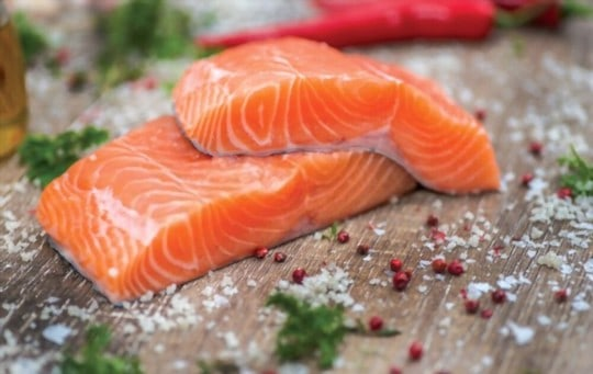 how to store salmon