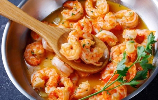 how to thaw reheat frozen cooked shrimp