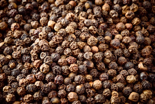 how to use peppercorns