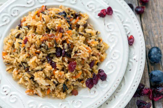 wild rice pilaf with dried fruit and almonds