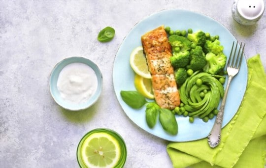 baked salmon with citrus salad